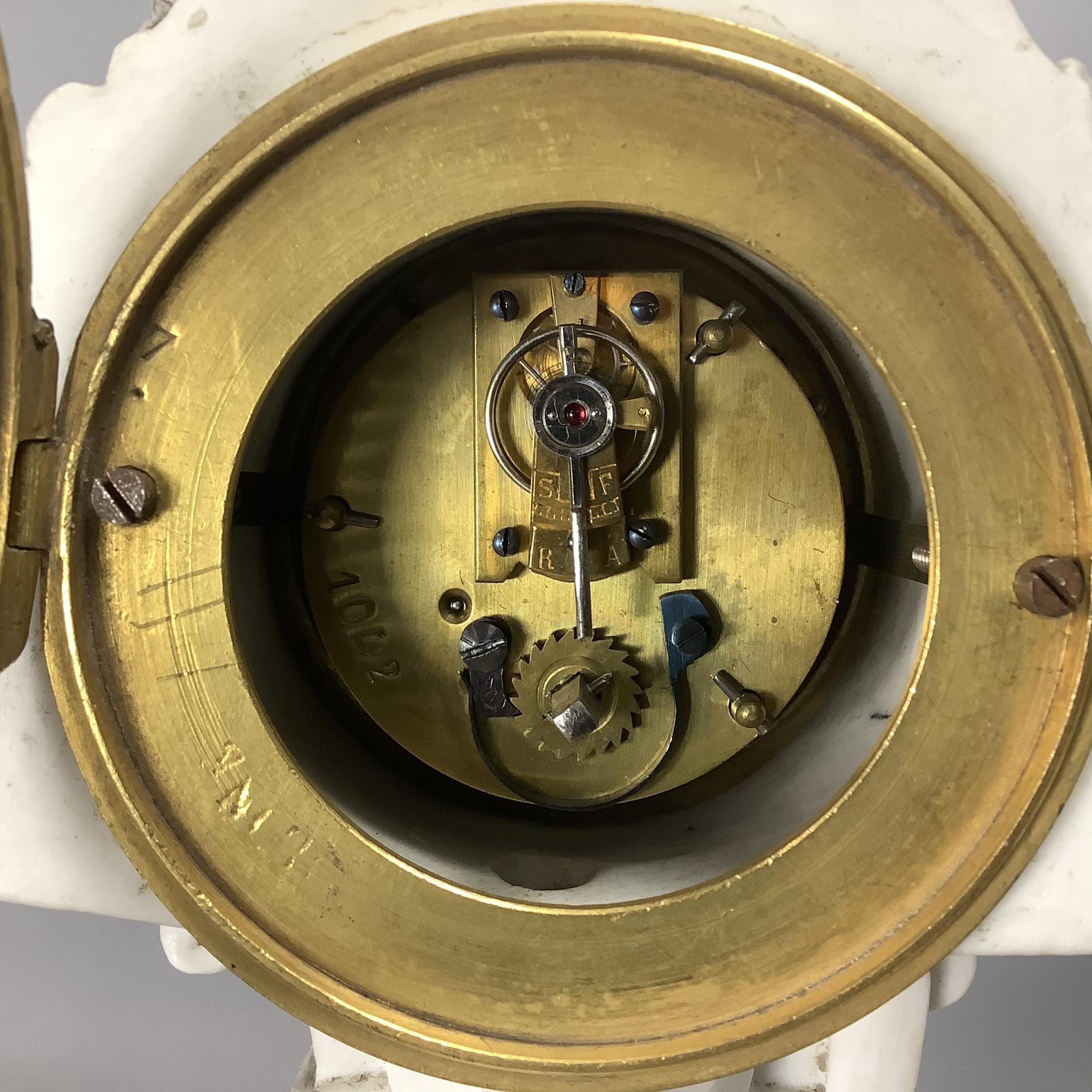 Часы каминные с канделябрами Антуан Кронье